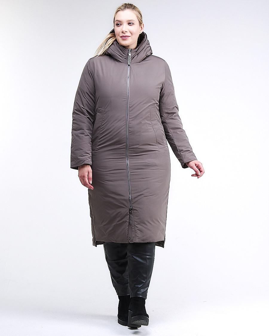Купить оптом Куртка зимняя женская удлиненная коричневого цвета 112-919_48K в  Красноярске