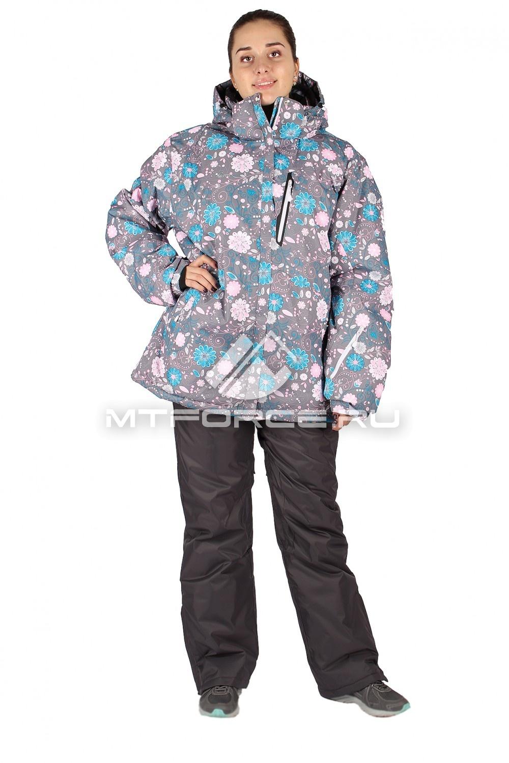 Купить оптом Костюм горнолыжный женский большого размера серого цвета 014111Sr