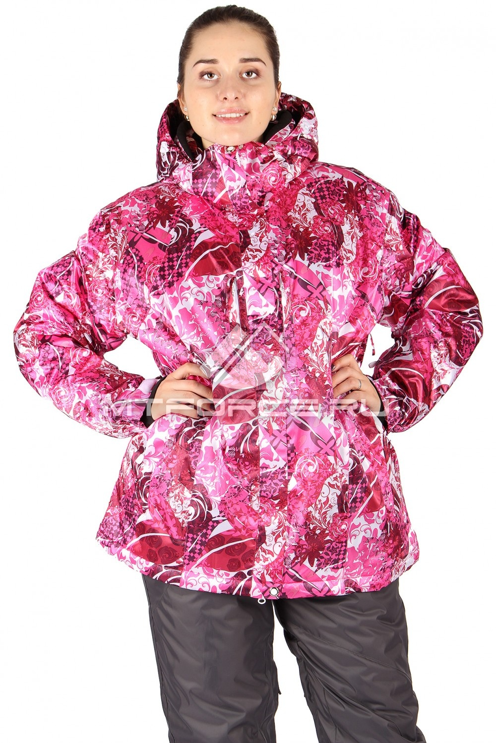 Купить оптом Куртка горнолыжная женская большого размера розового цвета 14114R