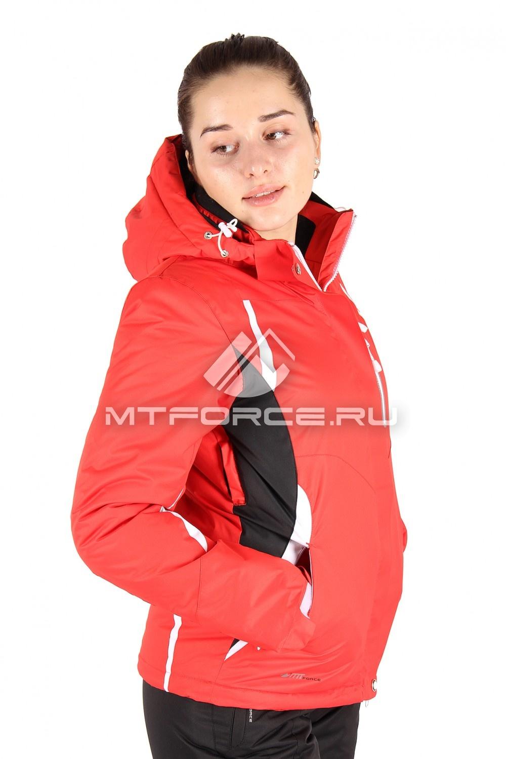 Купить оптом Куртка горнолыжная женская красного цвета 1516Kr