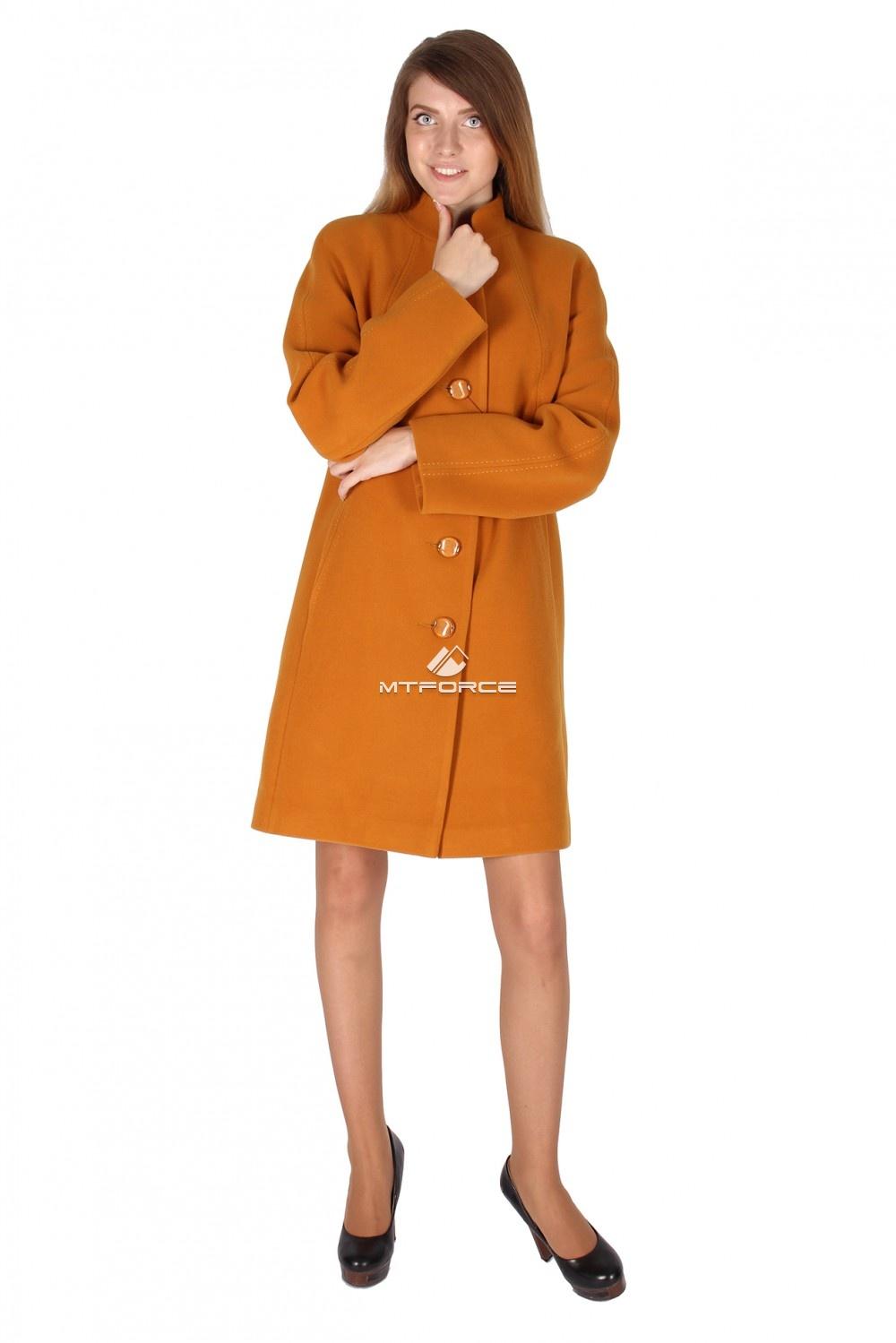 Купить оптом Пальто женское горчичного цвета 15193G в Новосибирске