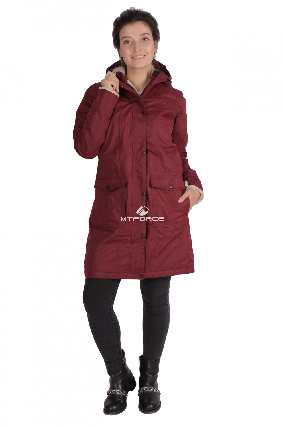 Купить оптом Куртка парка демисезонная женская ПИСК сезона бордового цвета 16099Bo