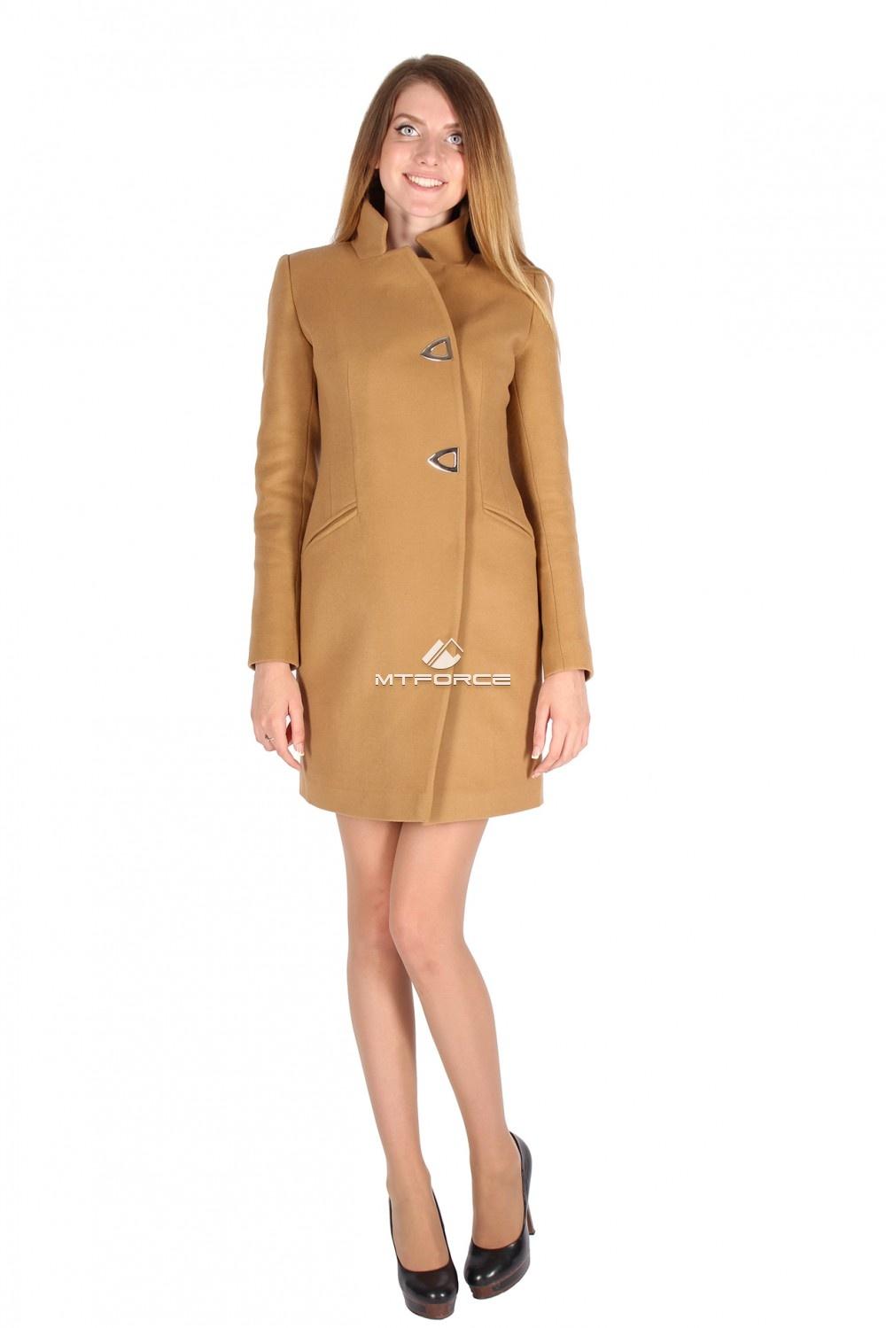 Купить оптом Пальто женское горчичного цвета 16269G в Санкт-Петербурге