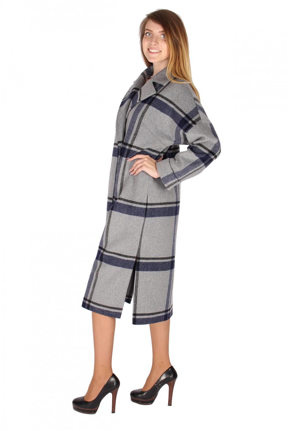Купить оптом Пальто женское темно-синего цвета 16304TS в Омске