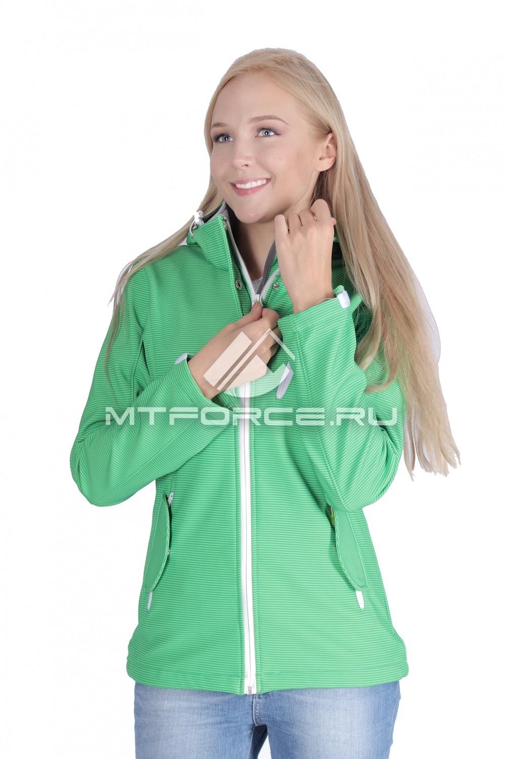 Купить                                  оптом Ветровка - виндстоппер женская зеленого цвета 1638Z в Санкт-Петербурге