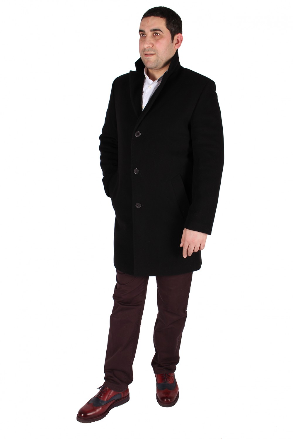 Купить оптом Пальто мужское черного цвета 16Ch в Челябинске