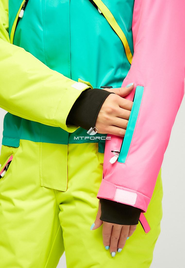 Купить оптом Женский зимний комбинезон зеленого цвета 18066Z