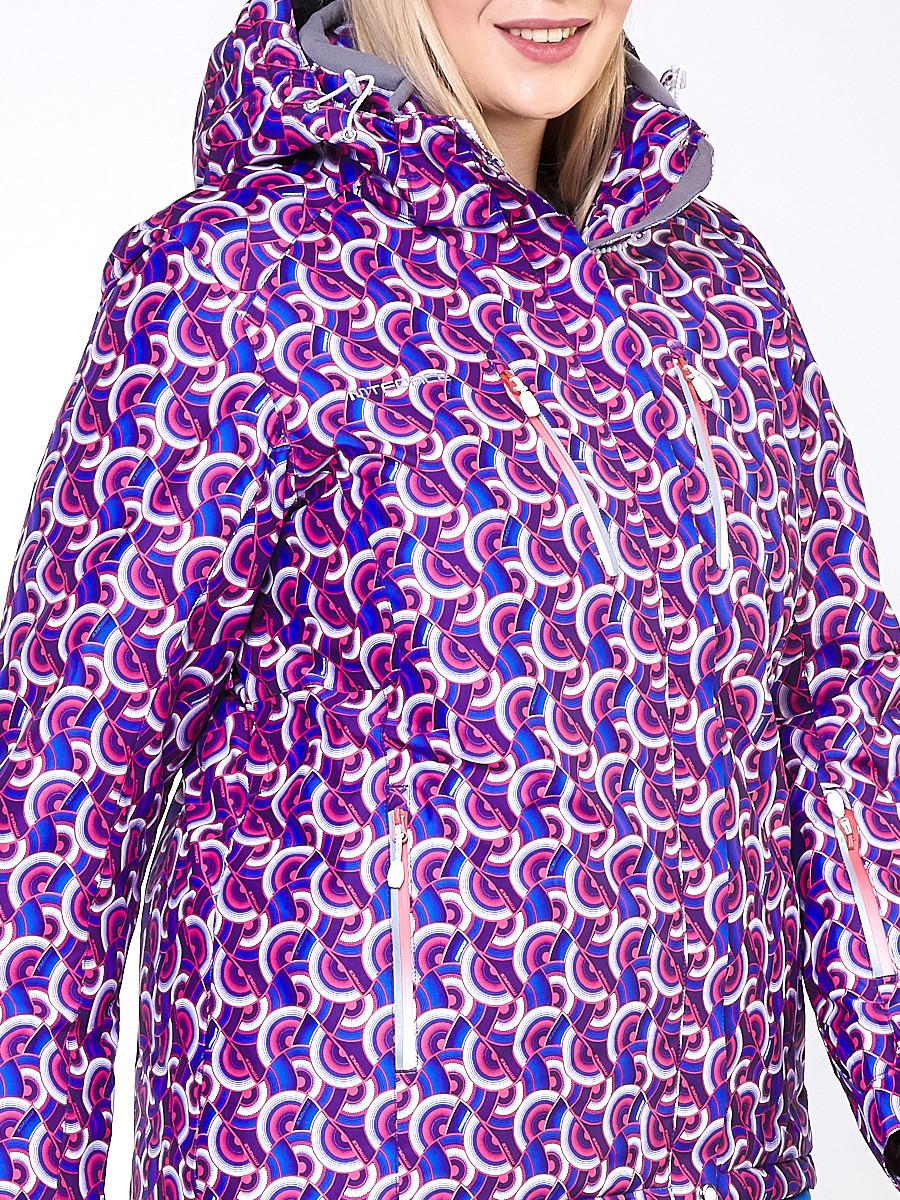 Купить оптом Куртка горнолыжная женская большого размера фиолетового цвета 18112F в Екатеринбурге