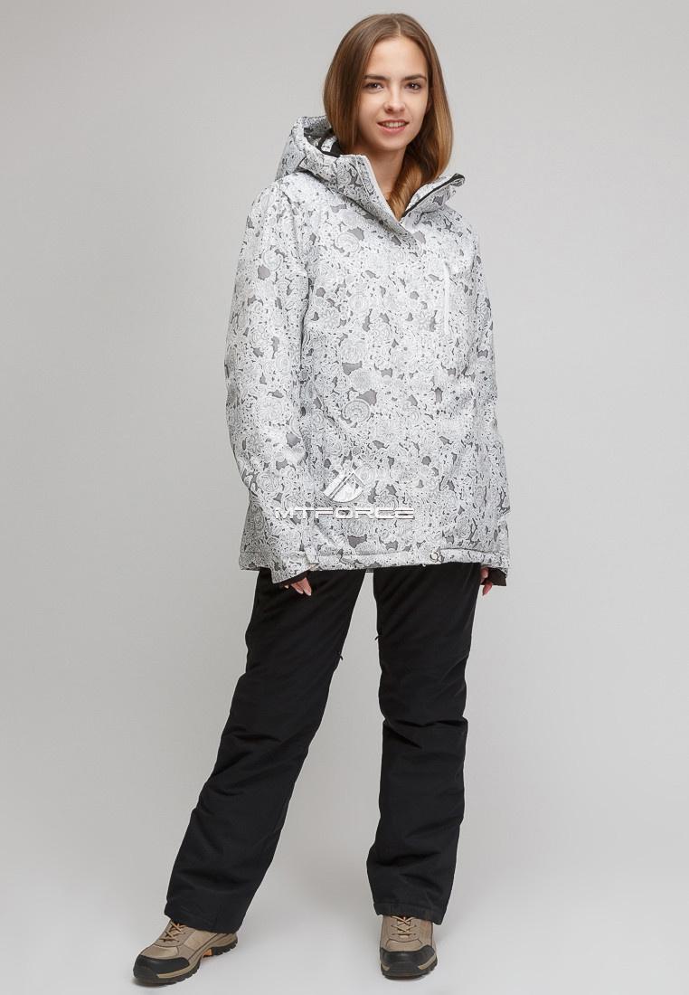 Купить оптом Костюм горнолыжный женский большого размера белого цвета 01830-1Bl в Нижнем Новгороде