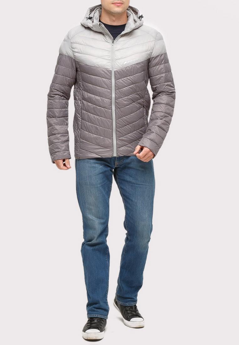 Купить оптом Куртка мужская стеганная серого цвета 1853Sr
