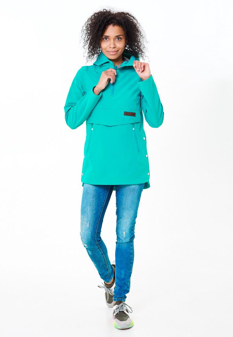 Купить оптом Анорак softshell женский зеленого цвета 1914Z в Казани
