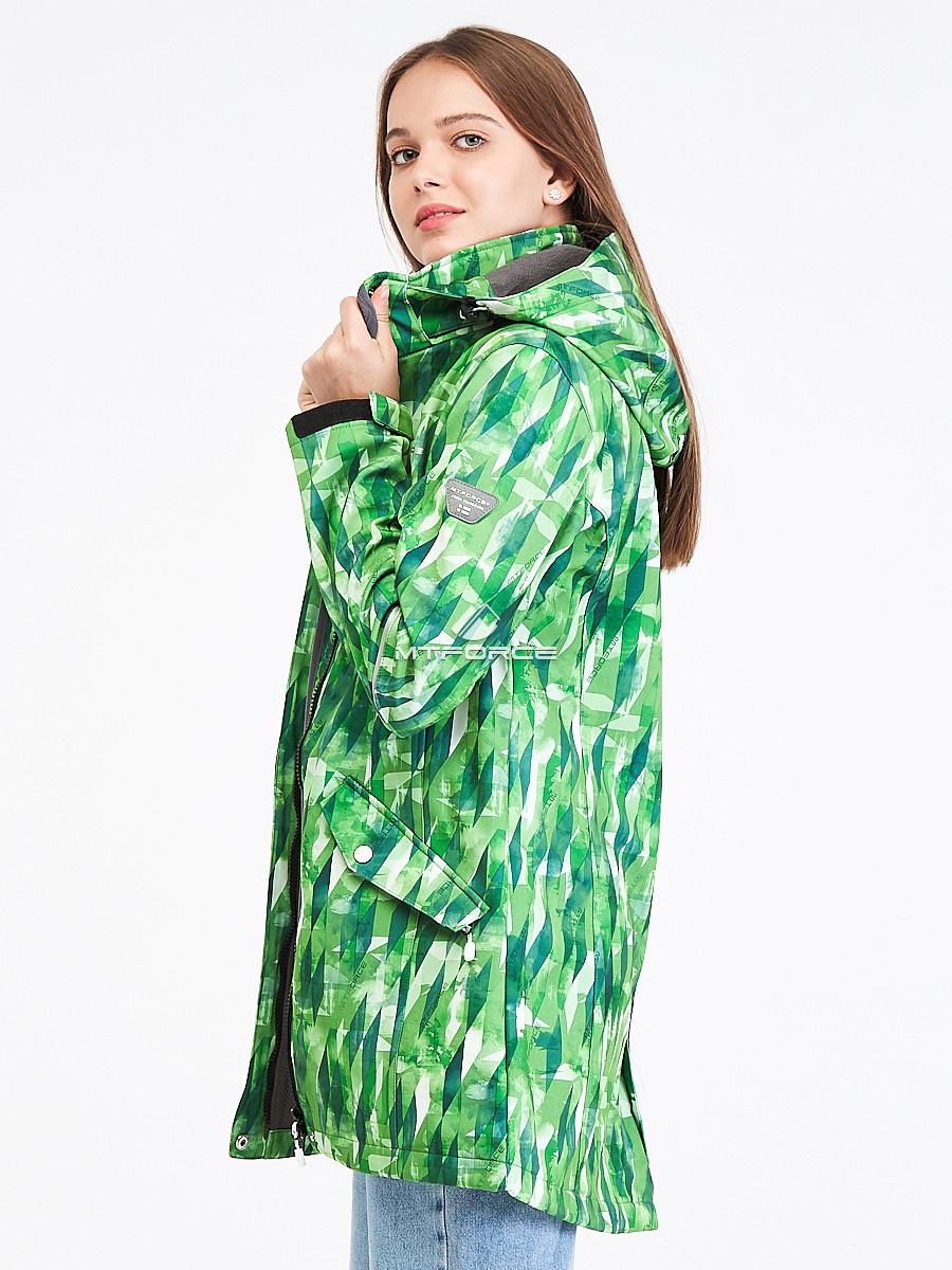 Купить оптом Парка женская осенняя весенняя softshell зеленого цвета 19221Z