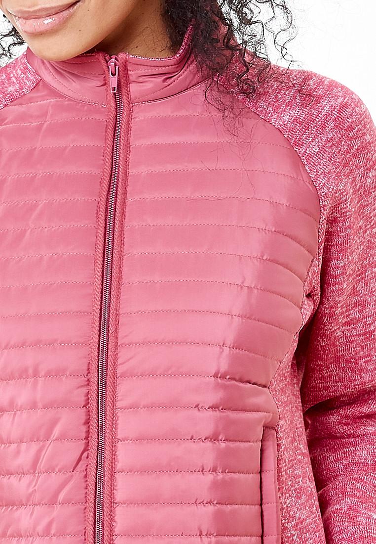 Купить оптом Молодежная стеганная куртка женская розового цвета 1960R