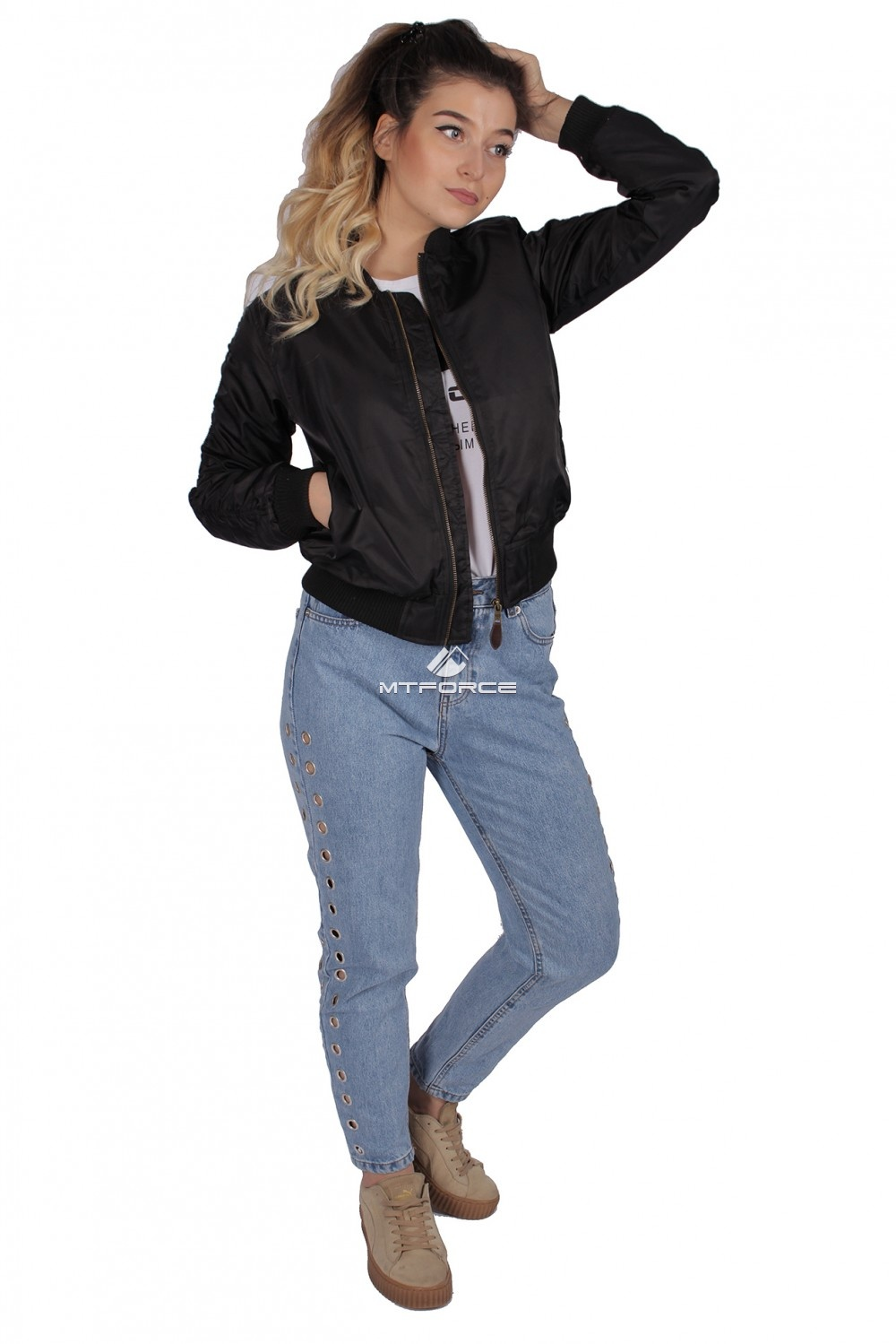 Купить  оптом Куртка-бомбер женская свободного кроя из нейлона черного цвета 1982Ch