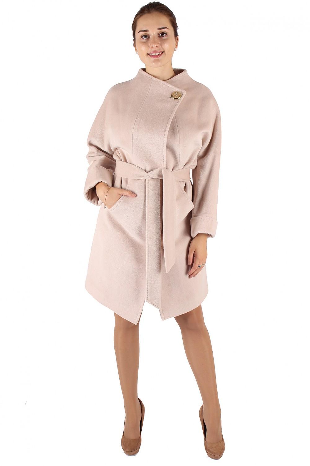 Купить оптом Пальто женское бежевого цвета 380B в Новосибирске