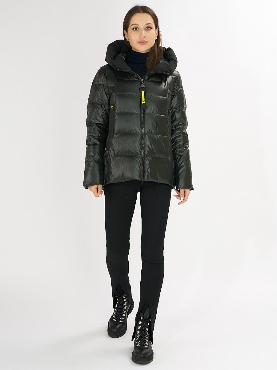 Купить оптом Куртка зимняя big size болотного цвета 72117Bt в Екатеринбурге