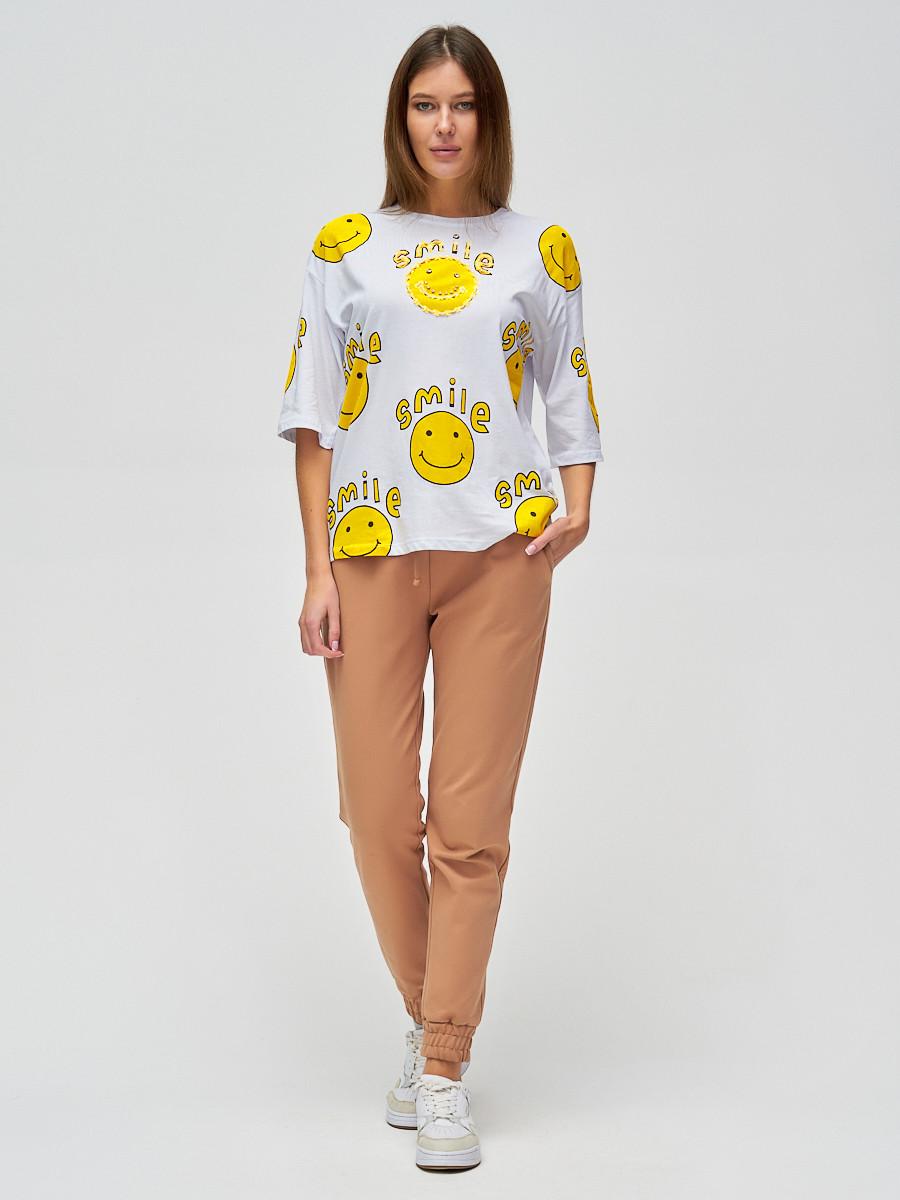 Купить оптом Женские футболки с надписями белого цвета 76028Bl в Казани