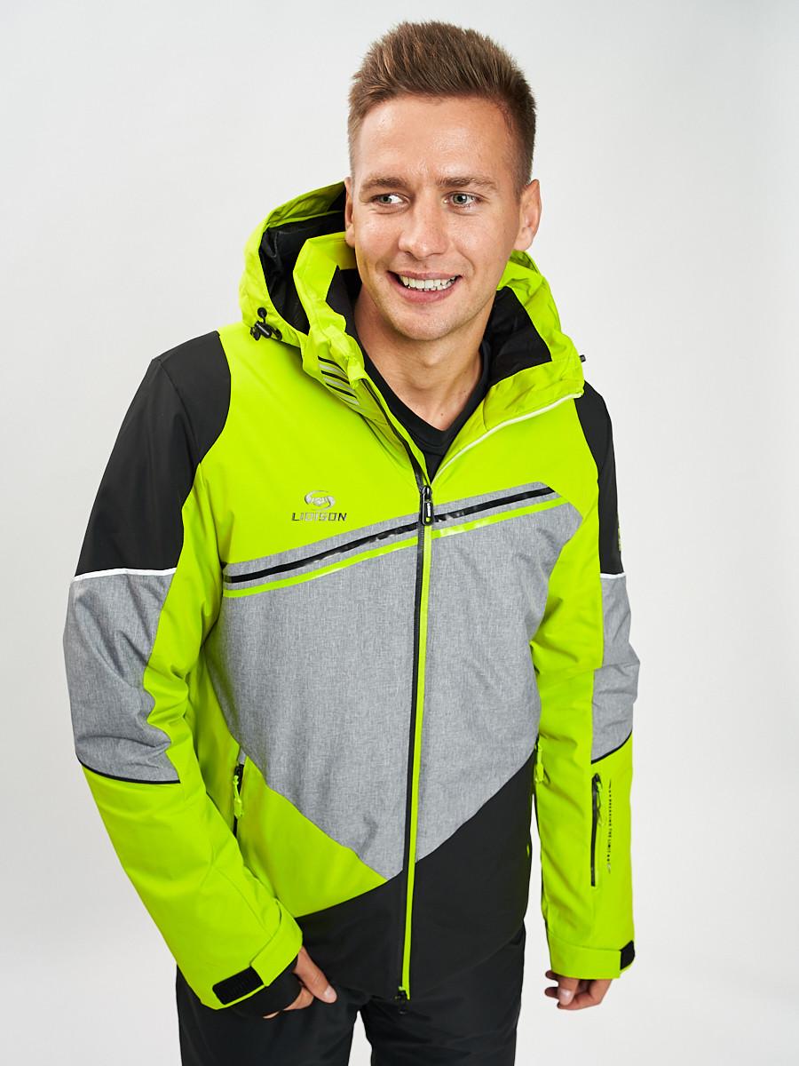 Купить оптом Горнолыжная куртка мужская зеленого цвета 77016Z в Екатеринбурге