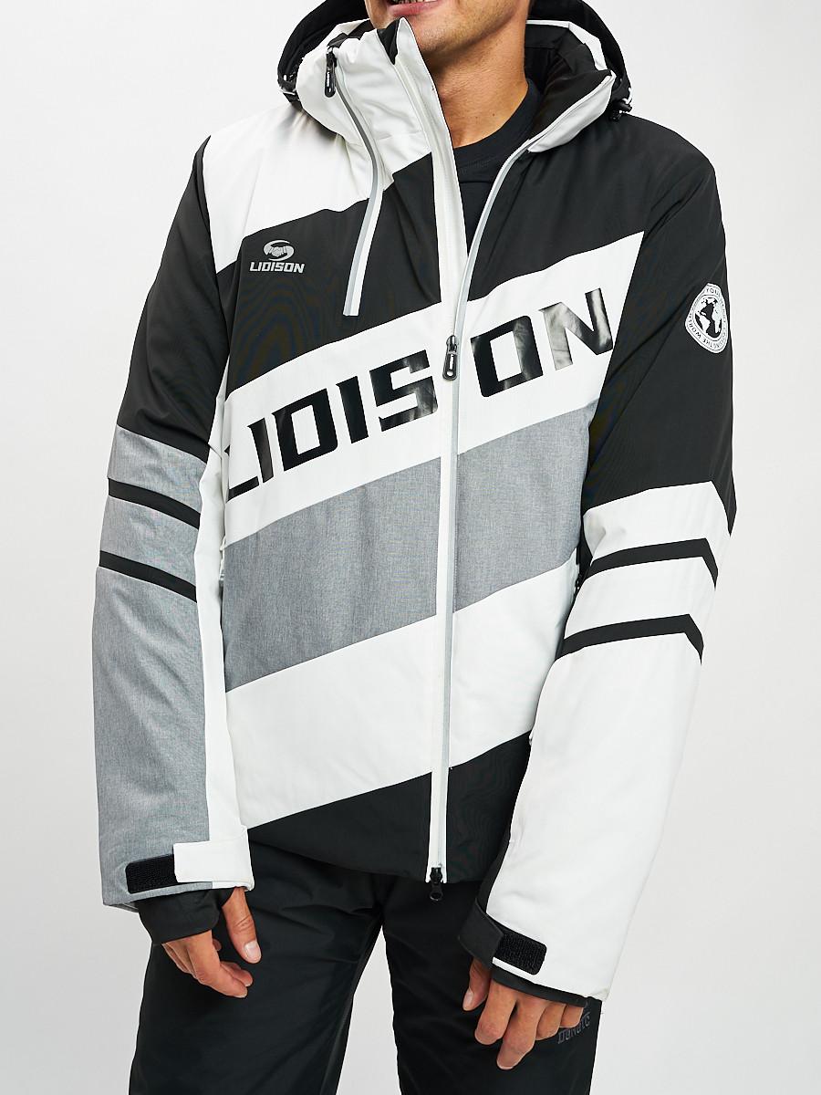 Купить оптом Горнолыжная куртка мужская белого цвета 77022Bl в Екатеринбурге