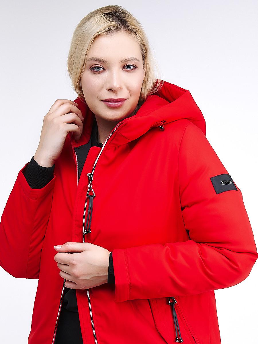 Купить оптом Куртка зимняя женская классическая красного цвета 86-801_4Kr