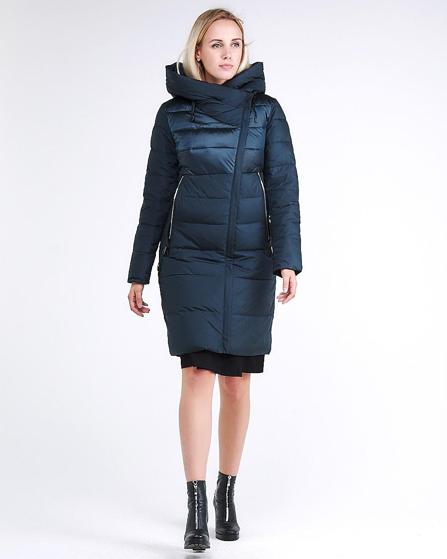Купить оптом Куртка зимняя женская молодежная стеганная темно-зеленого цвета 870_03TZ в  Красноярске