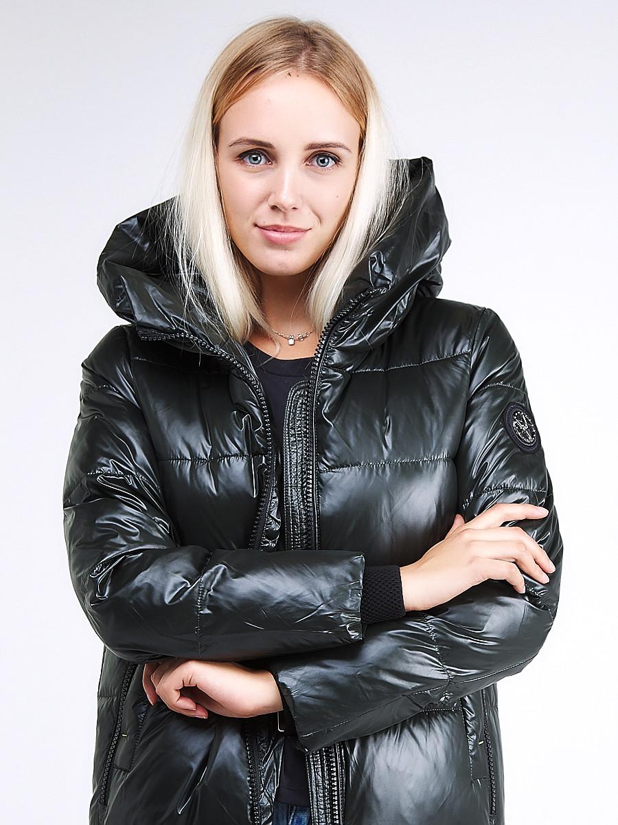 Купить оптом Куртка зимняя женская молодежная темно-зеленого цвета 9179_13TZ в  Красноярске