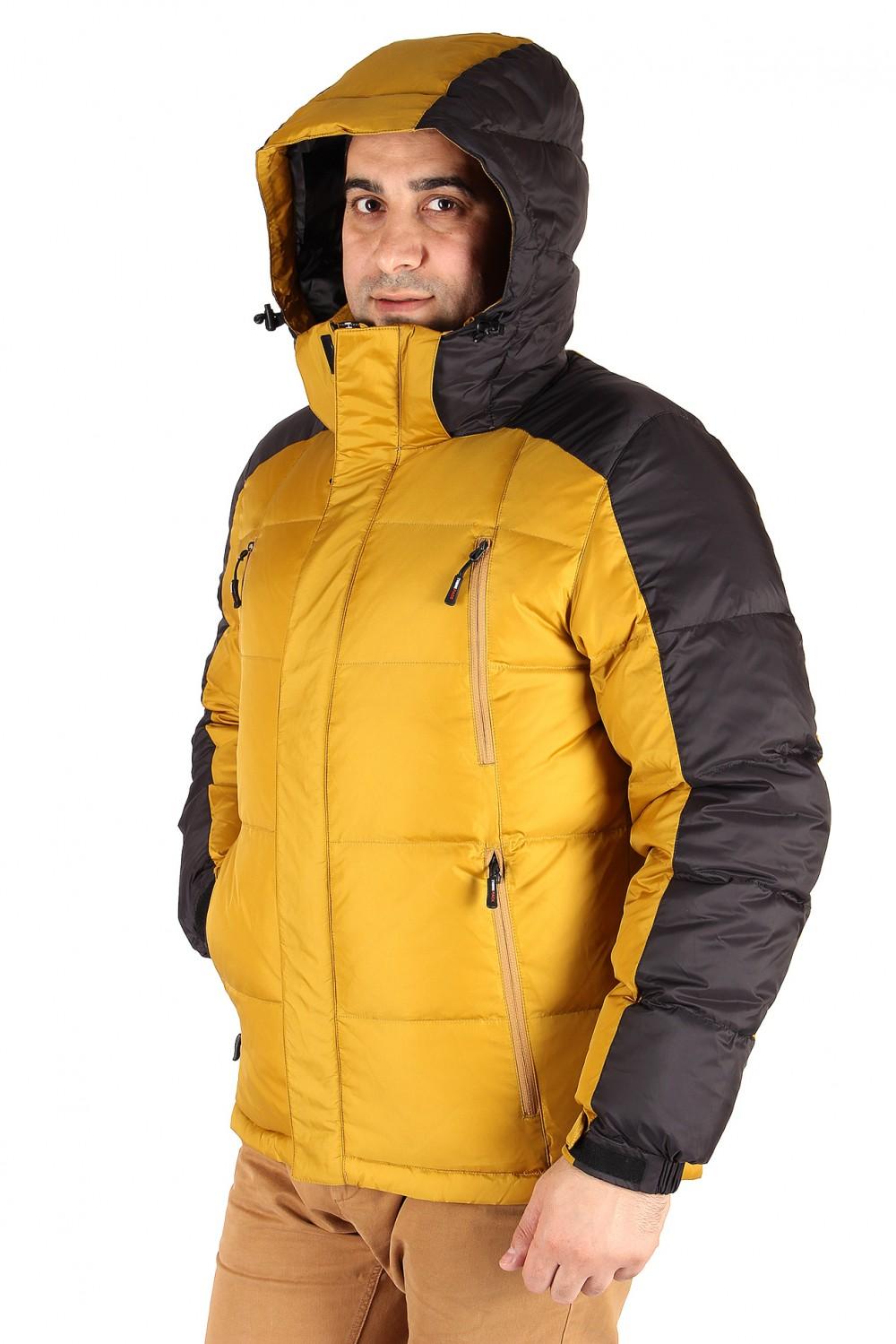 Купить оптом Куртка пуховик мужская горчичного  цвета 9872G в  Красноярске
