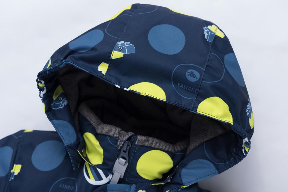 Купить оптом Комбинезон для мальчика зимний синего цвета 8905S в Санкт-Петербурге