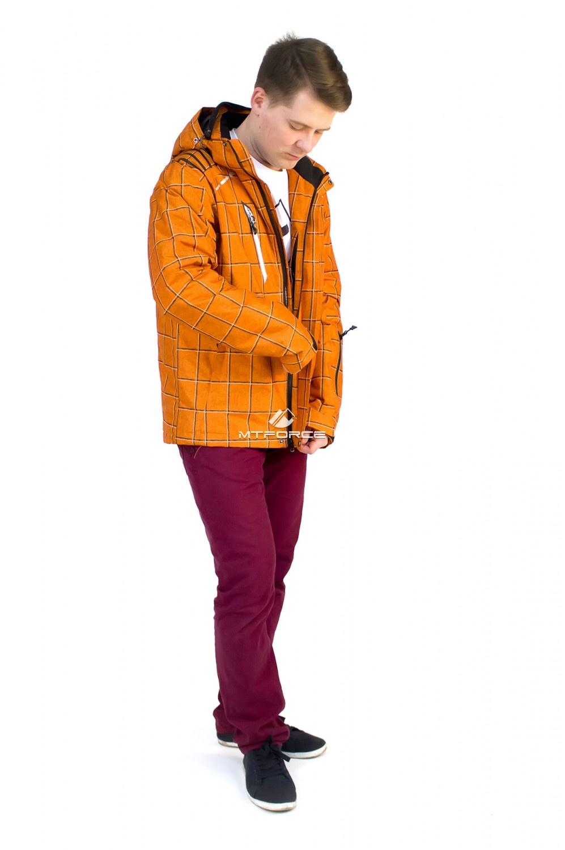 Купить оптом Куртка мужская осень весна оранжевого цвета 1718O в Казани
