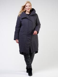 Купить оптом женскую зимнюю классику куртку большого размера темно-серого цвета в интернет магазине MTFORCE 118-932_18TC