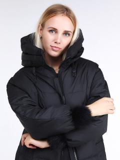 Купить оптом женскую зимнюю молодежную куртку с капюшоном черного цвета в интернет магазине MTFORCE 1943_01Ch