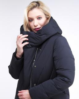 Купить оптом женскую зимнюю классику куртку с капюшоном темно-серого цвета в интернет магазине MTFORCE 191949_11TC