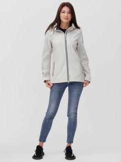 Купить оптом женскую осеннюю весеннюю ветровку softshell бежевого цвета в интернет магазине MTFORCE 2031B