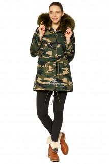 Купить оптом куртку парку женскeю зимнию с натуральным мехом камуфляжного цвета 2229Km в интернет магазине MTFORCE.RU