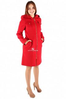 Купить оптом пальто женское красного цвета 270Kr в интернет магазине MTFORCE.RU