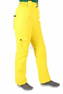 Купить оптом брюки горнолыжные женские жолтого цвета 526J в интернет магазине MTFORCE.RU