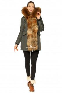 Купить оптом куртку парку женскeю зимнию с натуральным мехом темно-серого цвета 7234TC в интернет магазине MTFORCE.RU