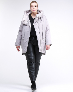 Купить оптом женскую зимнюю молодежную куртку большого размера серого цвета в интернет магазине MTFORCE 90-911_46Sr