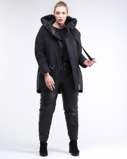 Купить оптом женскую зимнюю молодежную куртку большого размера черного цвета в интернет магазине MTFORCE 90-911_701Ch