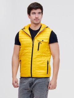 Купить оптом жилетка мужская стеганную утепленная желтого цвета 93347J в интернет магазине MTFORCE.RU