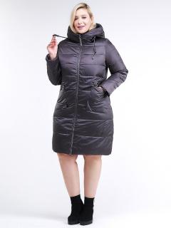 Купить оптом женскую зимнюю классику куртку большого размера темно-серого цвета в интернет магазине MTFORCE 98-920_58TC