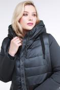 Оптом Куртка зимняя женская классическая темно-зеленого цвета 100-916_150TZ в Казани, фото 6