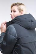 Оптом Куртка зимняя женская классическая темно-зеленого цвета 100-921_150TZ в Казани, фото 7