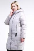 Оптом Куртка зимняя женская классическая серого цвета 100-921_46Sr в Екатеринбурге, фото 4