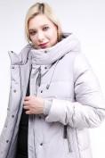 Оптом Куртка зимняя женская классическая серого цвета 100-921_46Sr в Екатеринбурге, фото 7