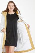 Оптом Куртка зимняя женская белого цвета 100-927_31Bl в Казани, фото 2
