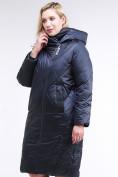 Оптом Куртка зимняя женская стеганная темно-синего цвета 105-917_84TS в  Красноярске, фото 3