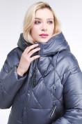 Оптом Куртка зимняя женская стеганная темно-серого цвета 105-918_25TC в  Красноярске, фото 7