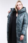 Оптом Куртка зимняя женская классическая  темно-зеленый цвета 108-915_16TZ в  Красноярске, фото 7