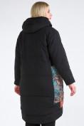 Оптом Куртка зимняя женская классическая БАТАЛ черного цвета 112-901_701Ch в Казани, фото 5
